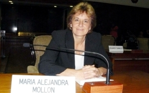 ALEJANDRA MOLLÓN