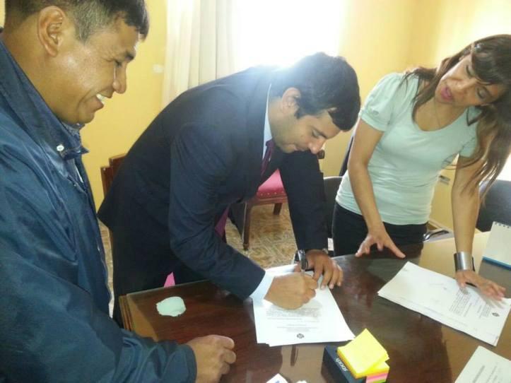 Firma del acta acuerdo en la Secretaría de Trabajo.