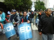 frente marcha 17