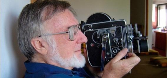 Jorge Prelorán, uno de los iniciadores del cine documental en Argentina. Investigó en la Quebrada y la Puna jujeñas, rescatando diversos personajes de la región  a través de etnobiografías.