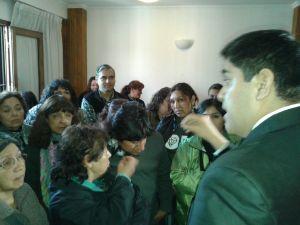 Los empleados de Educación protestan (Crédito foto: Carlos Sánchez, FM Trentina)