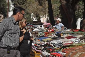 turistas en purmamarca jujuy