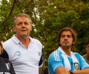 Roda hace campaña política con el hijo del gobernador, Germán Fellner.
