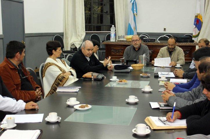 Muro preside la reunión de la que participó activamente el obispo Fernández