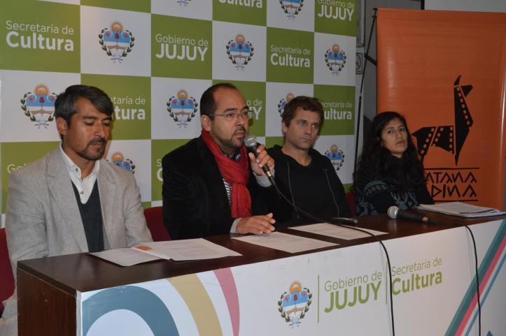 Gonzalo Morales, Nicolás Pauls y organizadores del evento