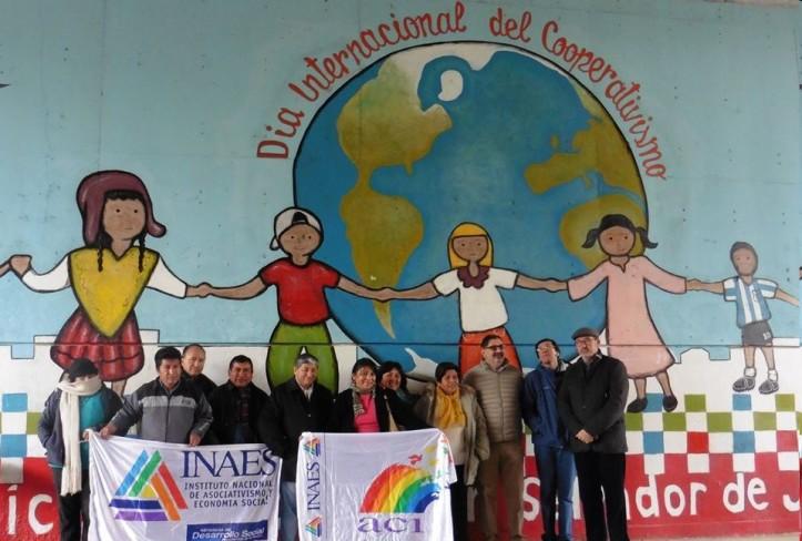 La inauguración del mural