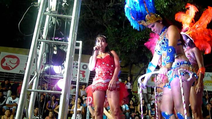 Carolina Moisés, en el desfile de comparsas de San Pedro. (Archivo)