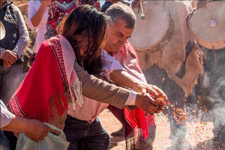 Morales ofrenda a la Pachama
