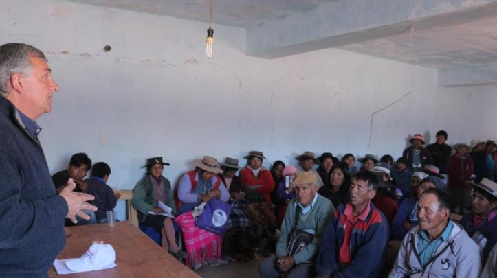 Morales con la comunidad de cusi Cusi