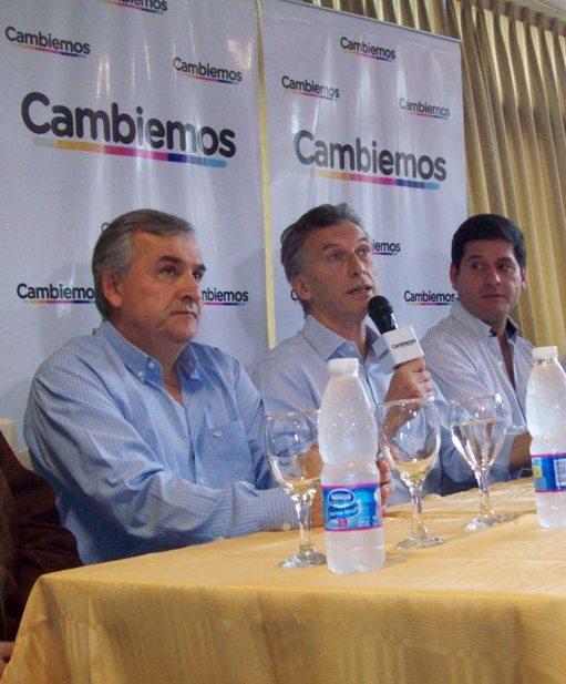 Gerardo, Macri y Dago, el viernes, en Libertador.
