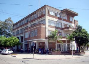 Edificio 4 de Junio