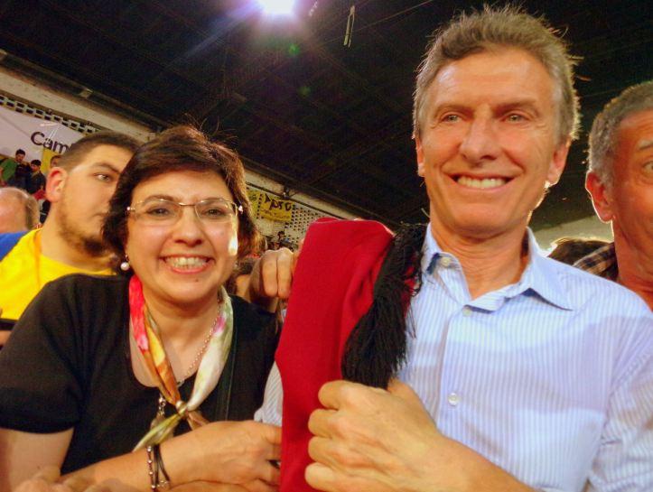 Isolda Calsina con Mauricio Macri