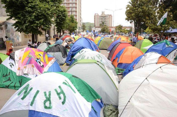 """Monumental burla de un grupo de trabajo de la ONU a Jujuy: dice que el acampe de Sala era """"pacífico"""""""