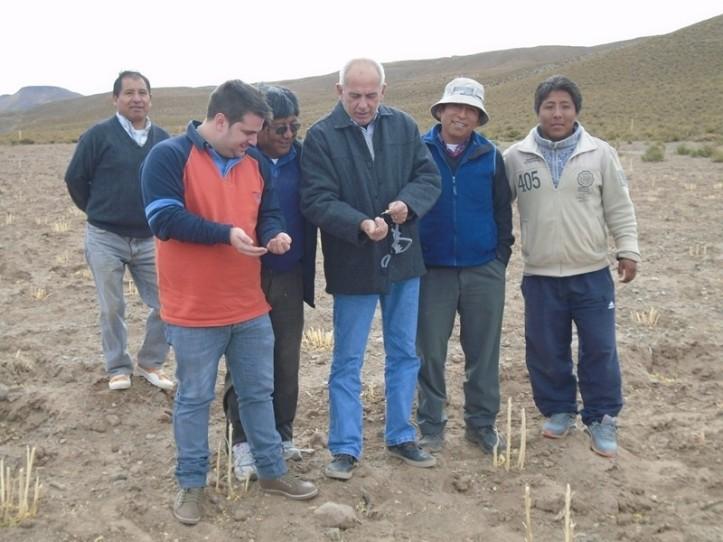 Marenco con productores.