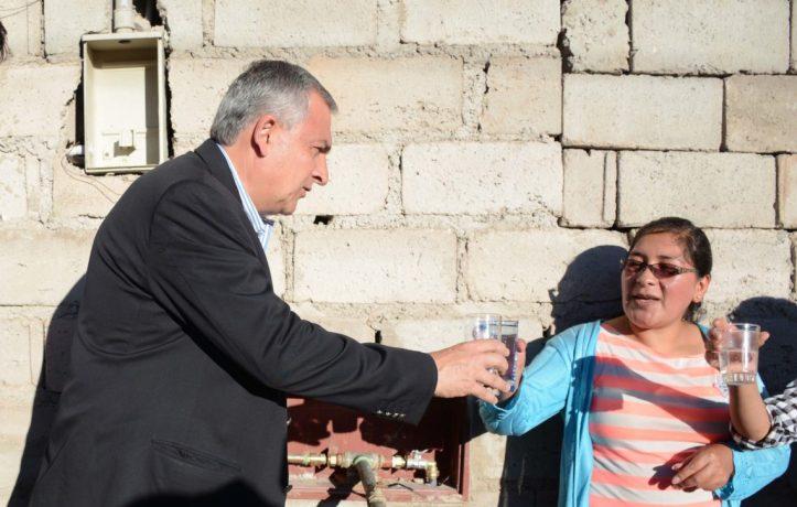 Con Morales, vuelve el derecho humaho fundamental del agua potable