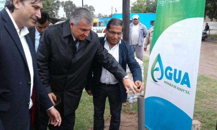 Morales y Galarza dejan habilitada una red de agua potable